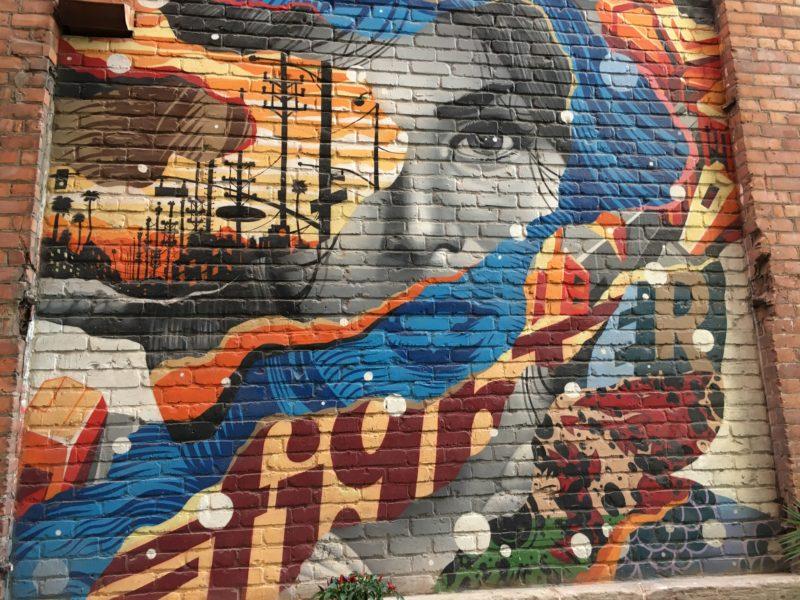 5 on Friday: Economic development in alleys